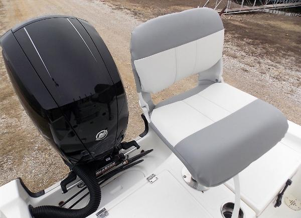 2019 Mako boat for sale, model of the boat is 19 CPX & Image # 56 of 317