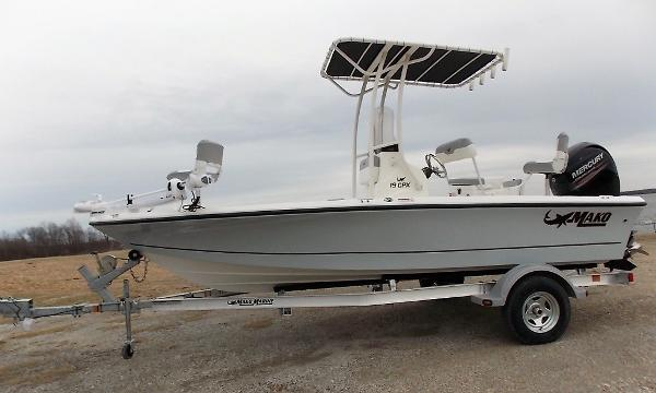 2019 Mako boat for sale, model of the boat is 19 CPX & Image # 81 of 317