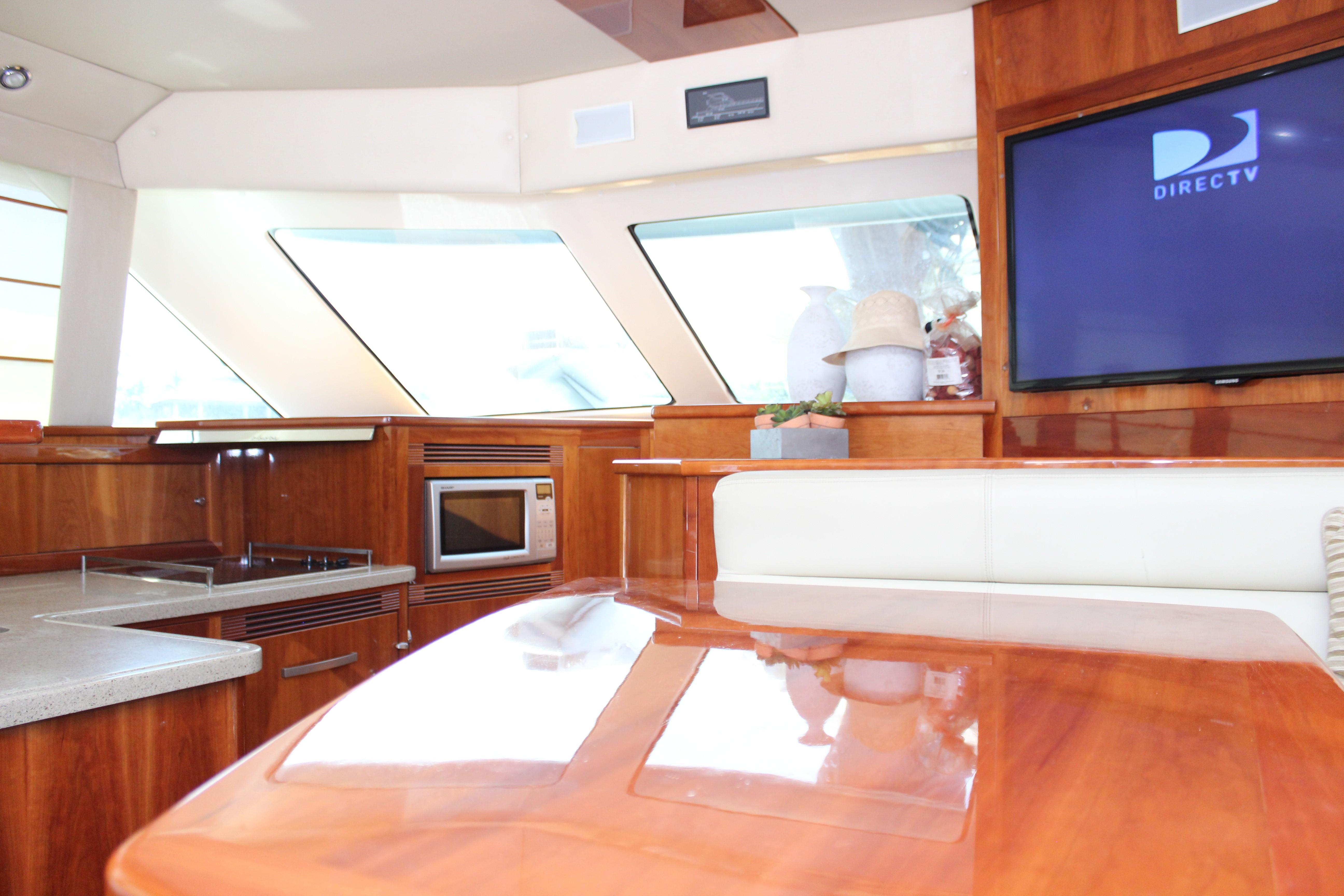50Ft. Riviera Enclosed Bridge 2010