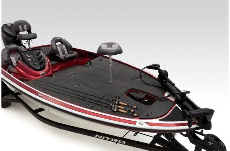 2019 Nitro boat for sale, model of the boat is Z19 & Image # 11 of 39