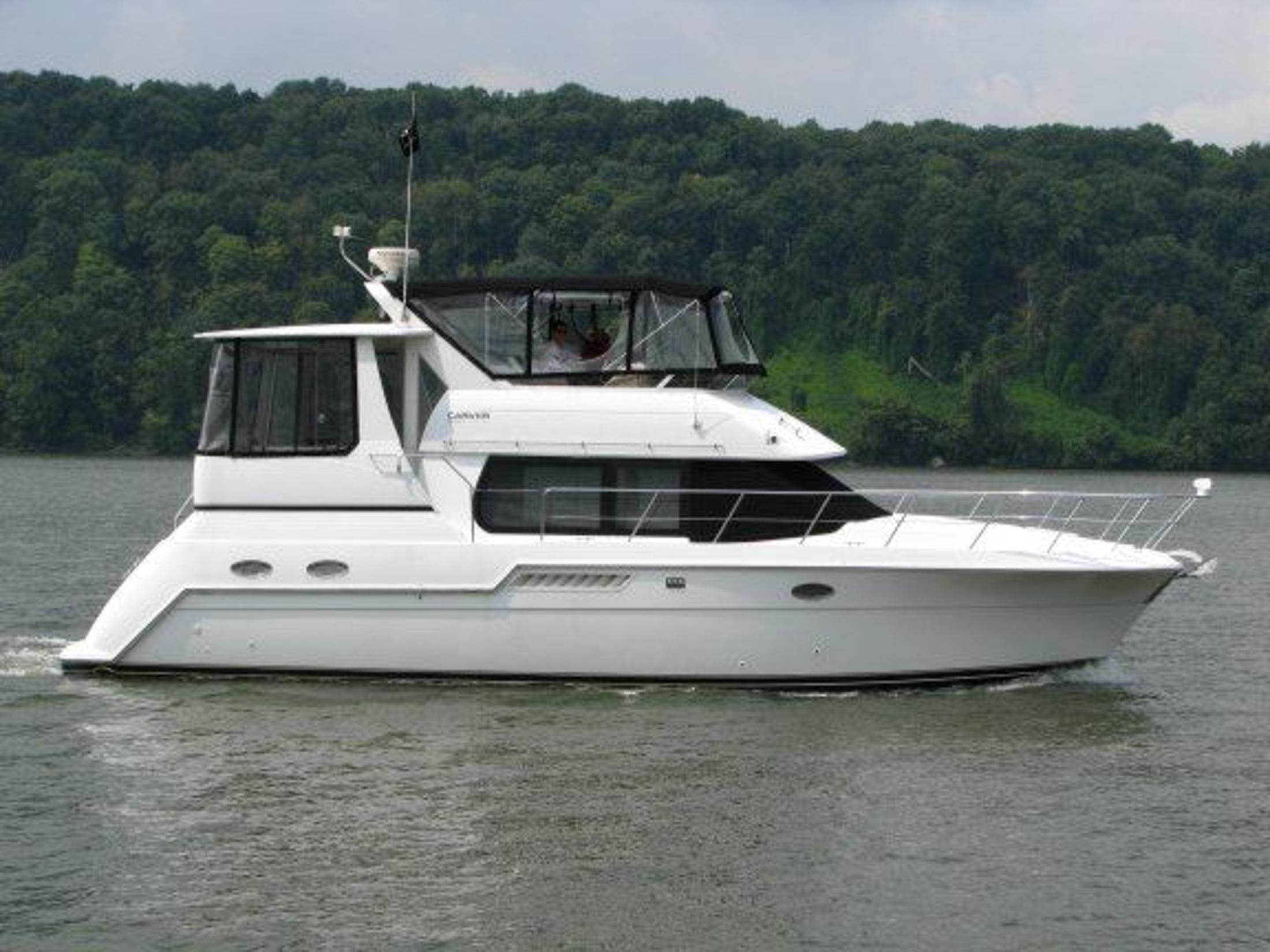 1999 carver 406 aft cabin motor yacht for sale for Large motor yachts for sale