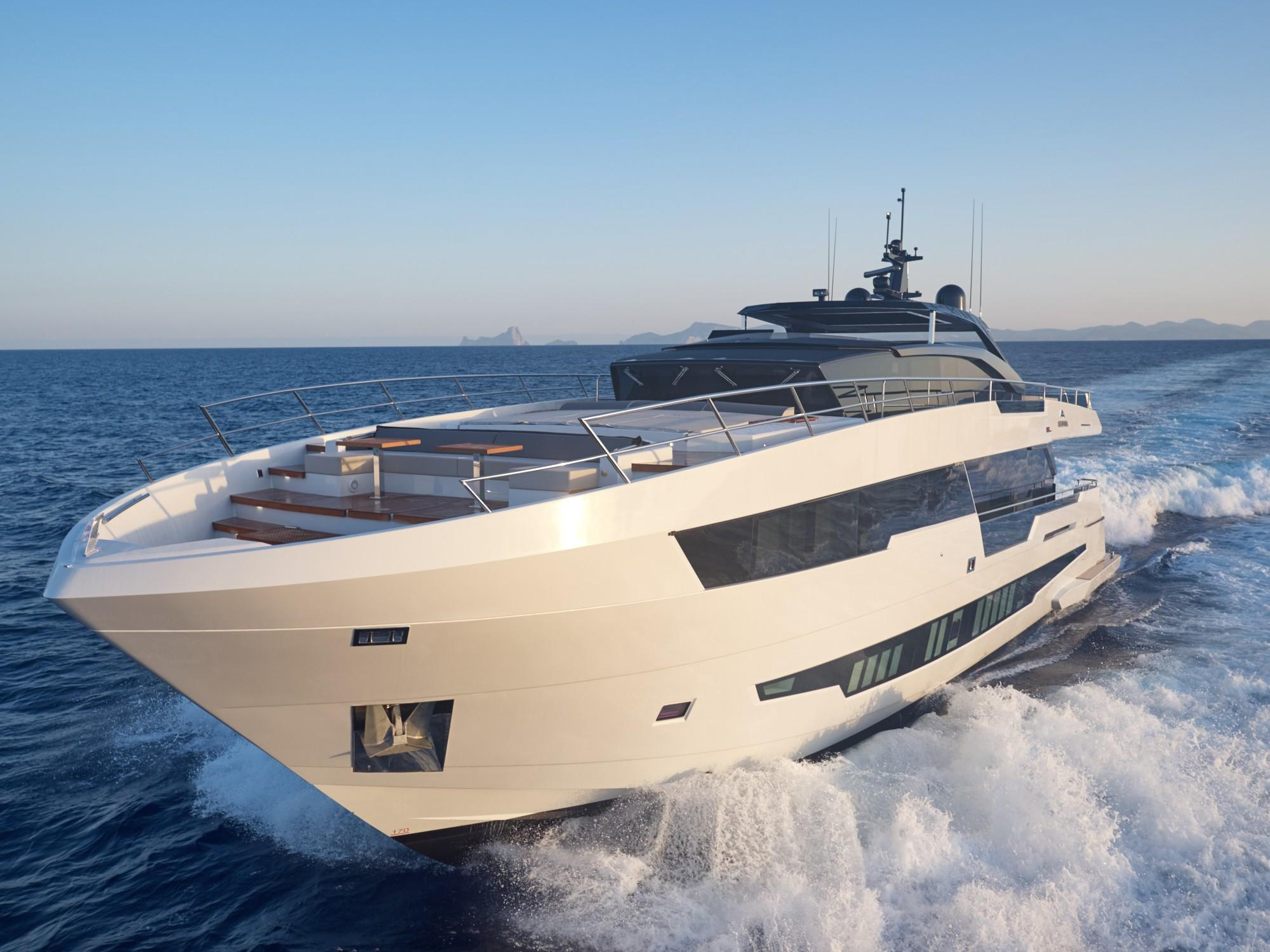100 Foot Yacht >> 2020 100 Ft Yacht For Sale Allied Marine