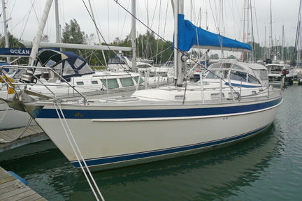 Hallberg Rassy 39 boat for sale