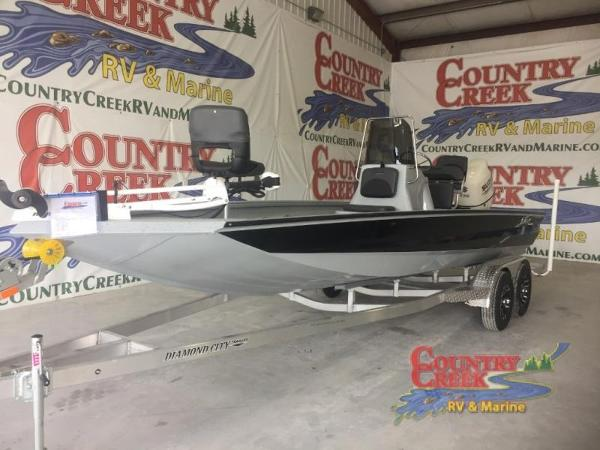 2018 EXCEL 220 BAY PRO for sale
