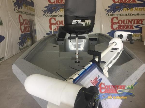 2018 Excel boat for sale, model of the boat is 220 Bay Pro & Image # 8 of 21