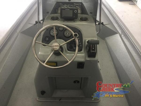 2018 Excel boat for sale, model of the boat is 220 Bay Pro & Image # 13 of 21