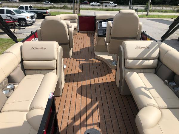 2021 Bentley boat for sale, model of the boat is Elite 253 Admiral & Image # 9 of 32