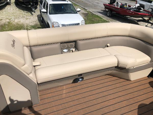 2021 Bentley boat for sale, model of the boat is Elite 253 Admiral & Image # 11 of 32