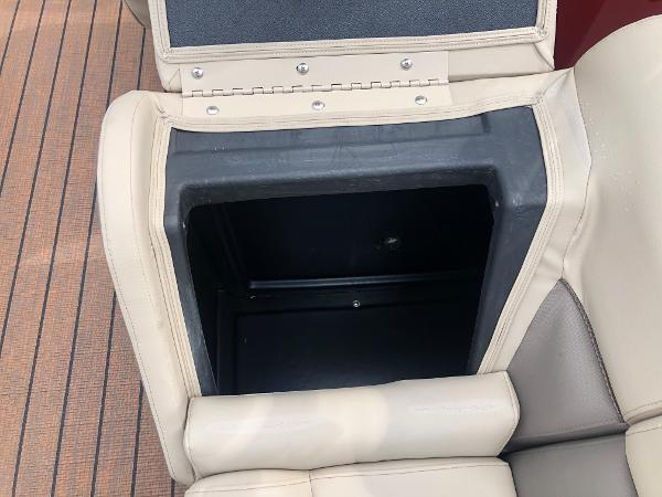 2021 Bentley boat for sale, model of the boat is Elite 253 Admiral & Image # 31 of 32