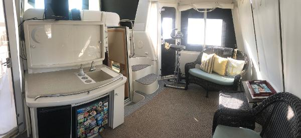 Carver 455 Motor Yacht Sell Brokerage