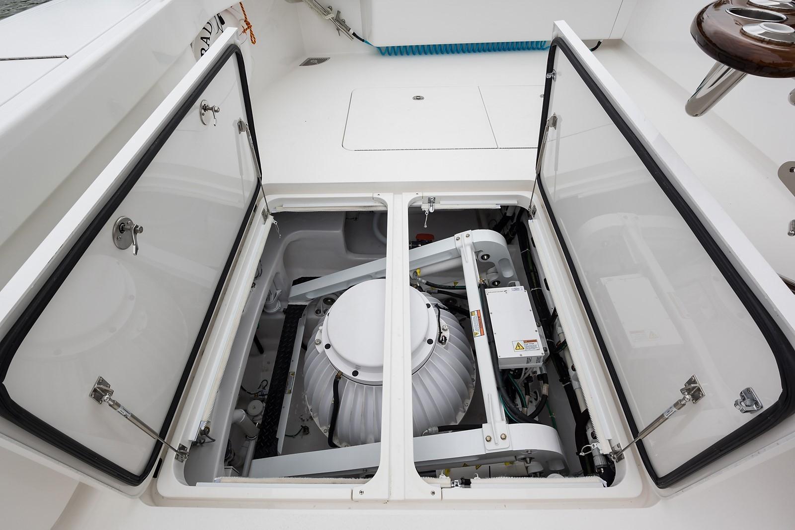 Cockpit Seakeeper