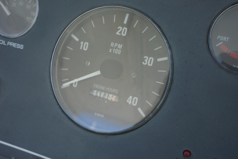 Pursuit 3400 Express - Photo: #33