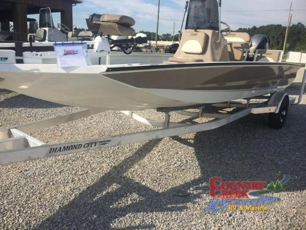 2018 Excel boat for sale, model of the boat is 203 Bay Pro & Image # 1 of 21