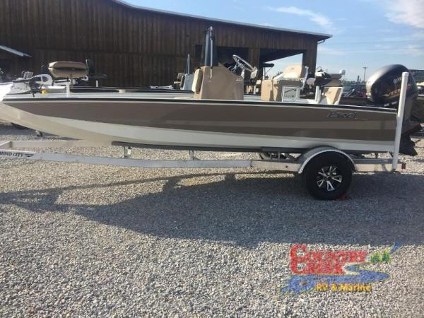2018 Excel boat for sale, model of the boat is 203 Bay Pro & Image # 2 of 21