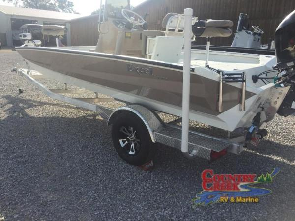 2018 Excel boat for sale, model of the boat is 203 Bay Pro & Image # 3 of 21