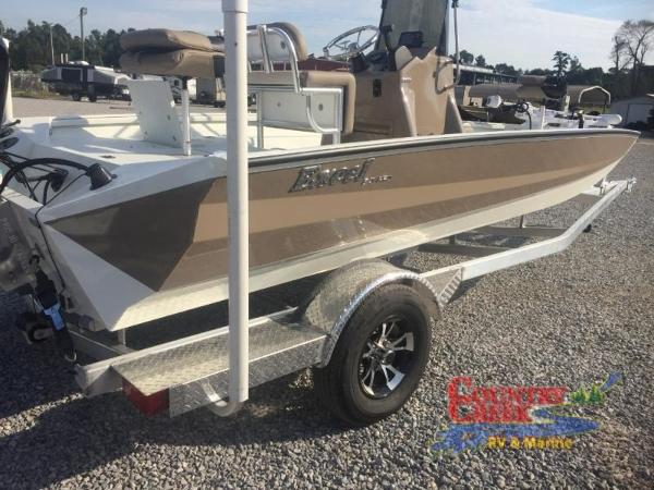 2018 Excel boat for sale, model of the boat is 203 Bay Pro & Image # 8 of 21