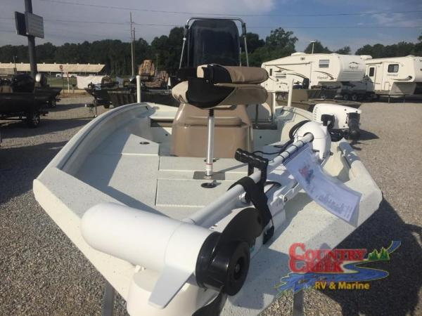 2018 Excel boat for sale, model of the boat is 203 Bay Pro & Image # 10 of 21