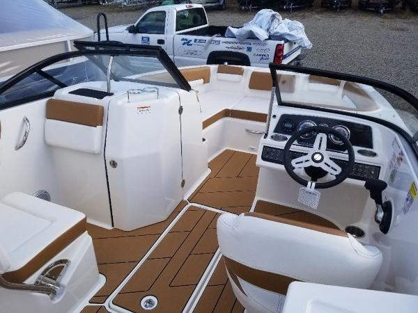 2020 Bayliner boat for sale, model of the boat is DX2200 & Image # 11 of 13