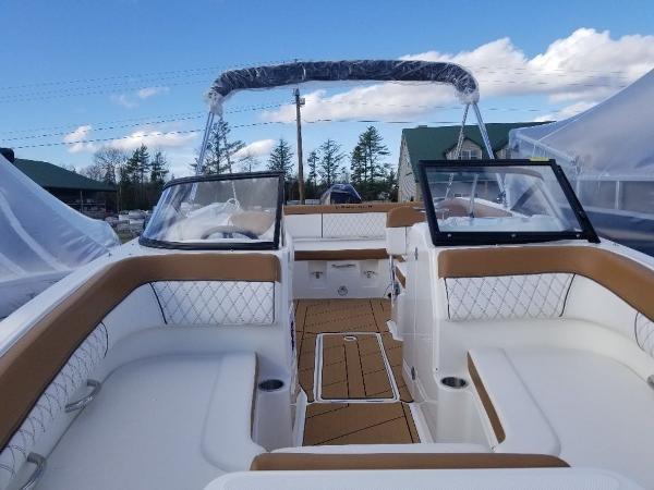 2020 Bayliner boat for sale, model of the boat is DX2200 & Image # 12 of 13