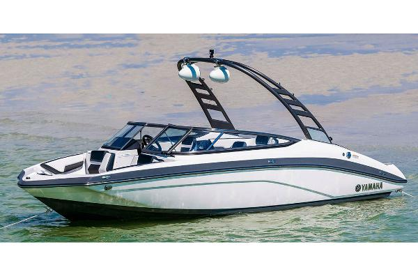 2020 Yamaha boat for sale, model of the boat is 195S & Image # 5 of 20