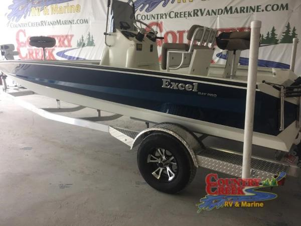 2018 Excel boat for sale, model of the boat is 203 Bay Pro & Image # 2 of 20