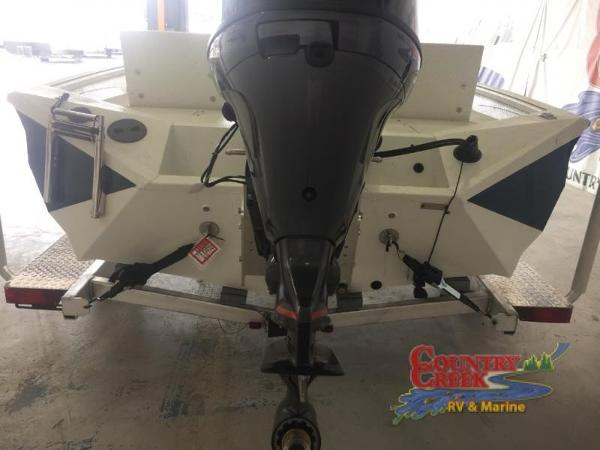 2018 Excel boat for sale, model of the boat is 203 Bay Pro & Image # 4 of 20