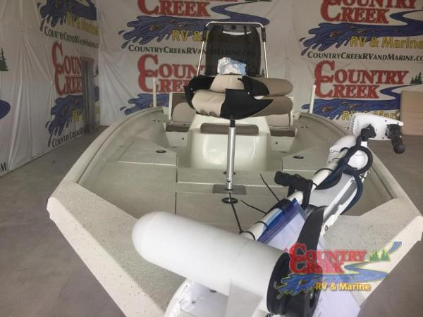 2018 Excel boat for sale, model of the boat is 203 Bay Pro & Image # 8 of 20