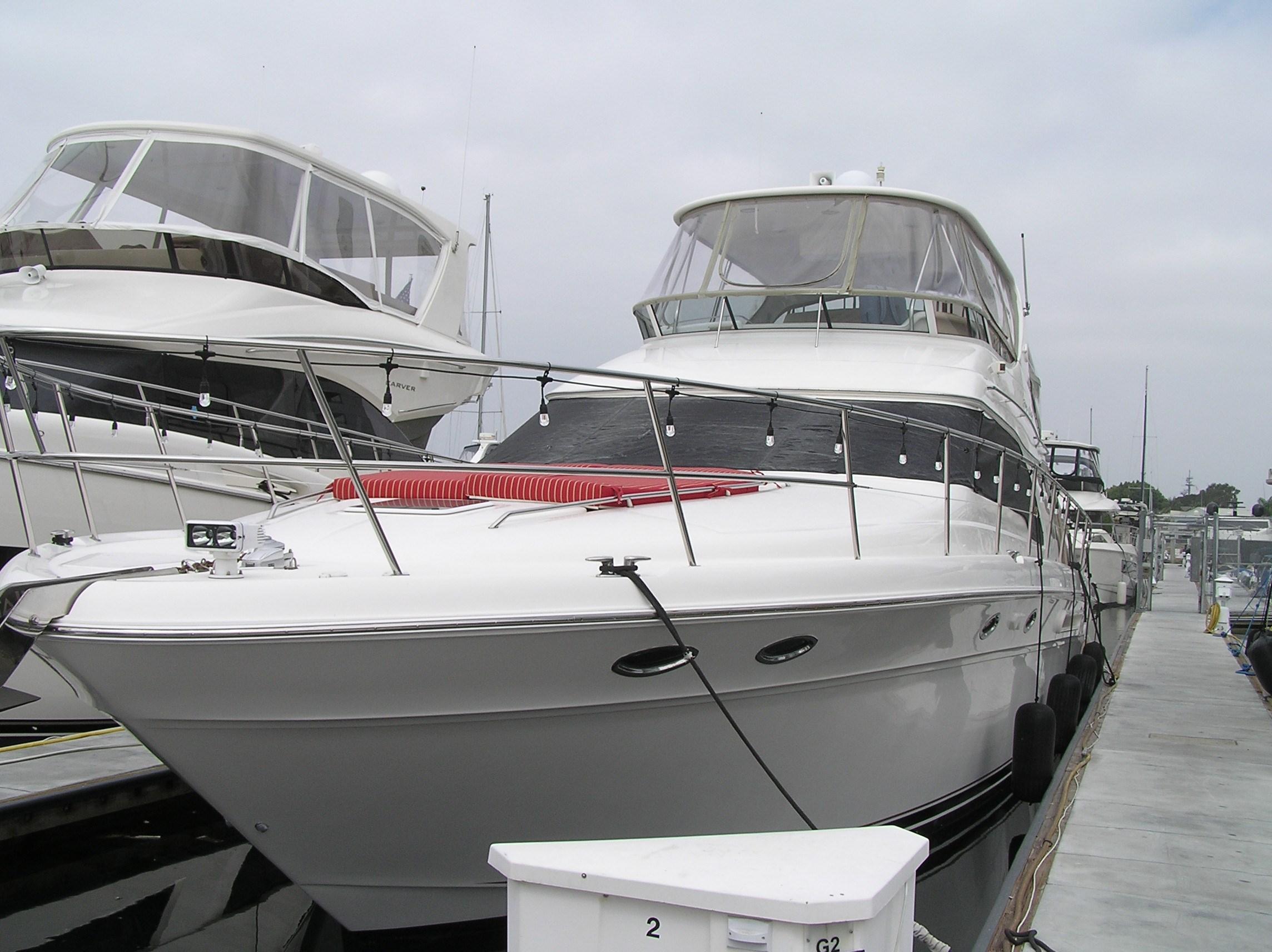 55.5 ft Sea Ray 560 Sedan Bridge