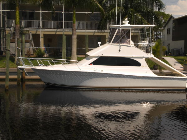 Egg Harbor 370 Convertible Convertible Boats. Listing Number: M-3439655