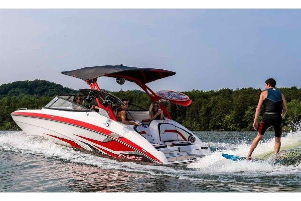 2020 Yamaha boat for sale, model of the boat is 242X & Image # 2 of 13
