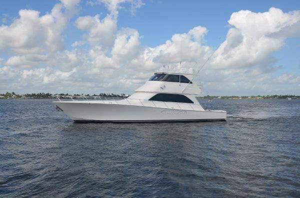 2007 64' Viking 64 Enclosed Bridge