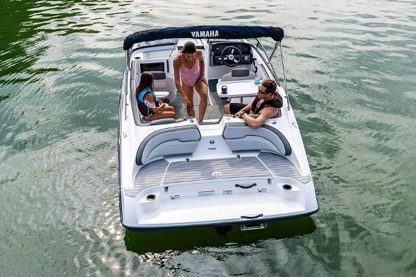 2020 Yamaha boat for sale, model of the boat is SX190 & Image # 4 of 8