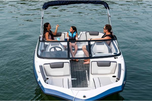 2020 Yamaha boat for sale, model of the boat is SX190 & Image # 2 of 8