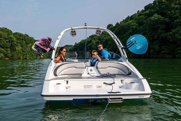2020 Yamaha boat for sale, model of the boat is AR190 & Image # 4 of 8