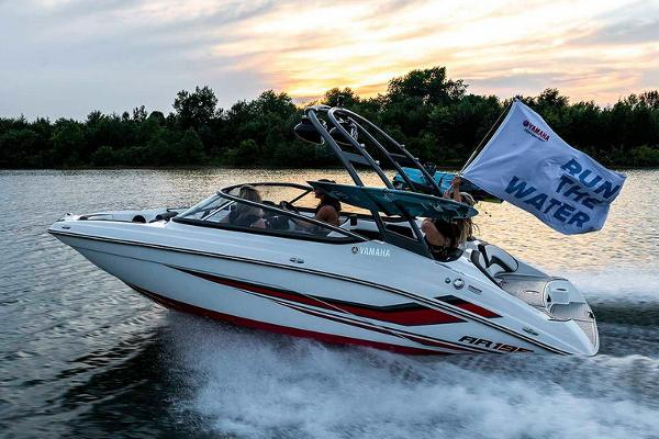 2020 Yamaha boat for sale, model of the boat is AR195 & Image # 3 of 9