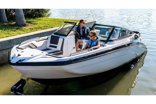 2020 Yamaha boat for sale, model of the boat is SX210 & Image # 2 of 9