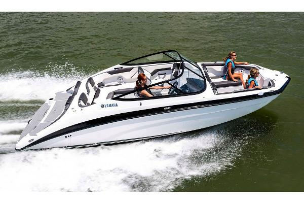 2020 Yamaha boat for sale, model of the boat is SX210 & Image # 1 of 9