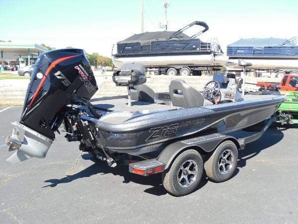 2021 Nitro boat for sale, model of the boat is Z18 & Image # 4 of 40