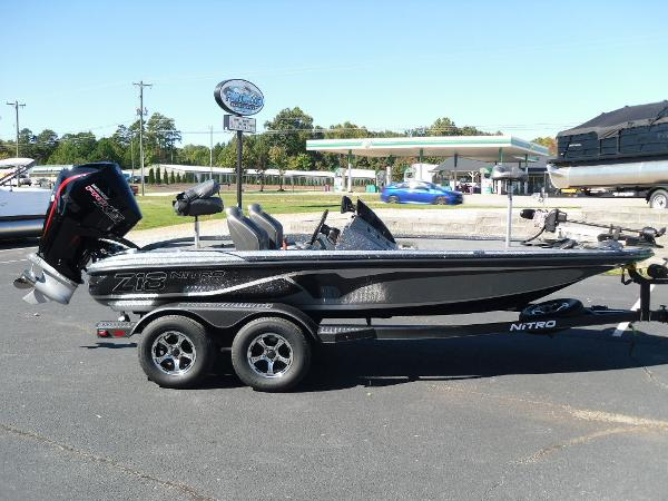 2021 Nitro boat for sale, model of the boat is Z18 & Image # 10 of 40