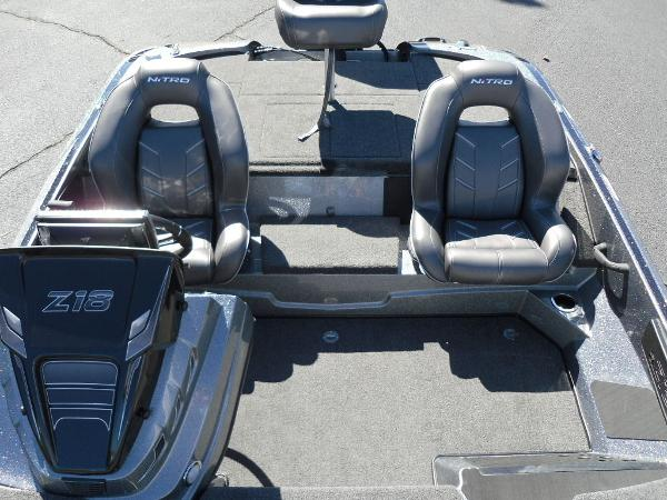 2021 Nitro boat for sale, model of the boat is Z18 & Image # 27 of 40