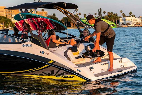 2020 Yamaha boat for sale, model of the boat is 212X & Image # 4 of 9