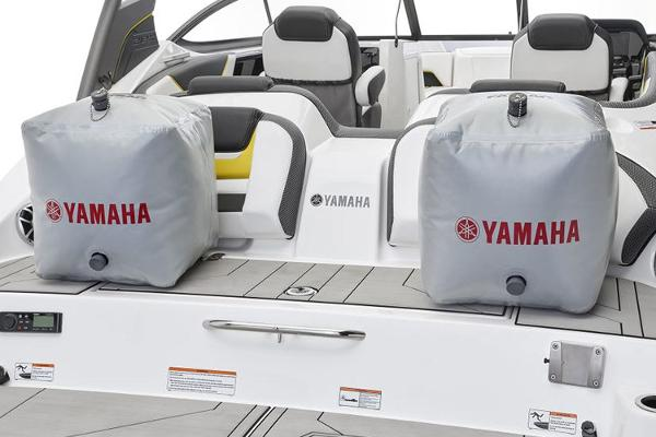 2020 Yamaha boat for sale, model of the boat is 212X & Image # 7 of 9
