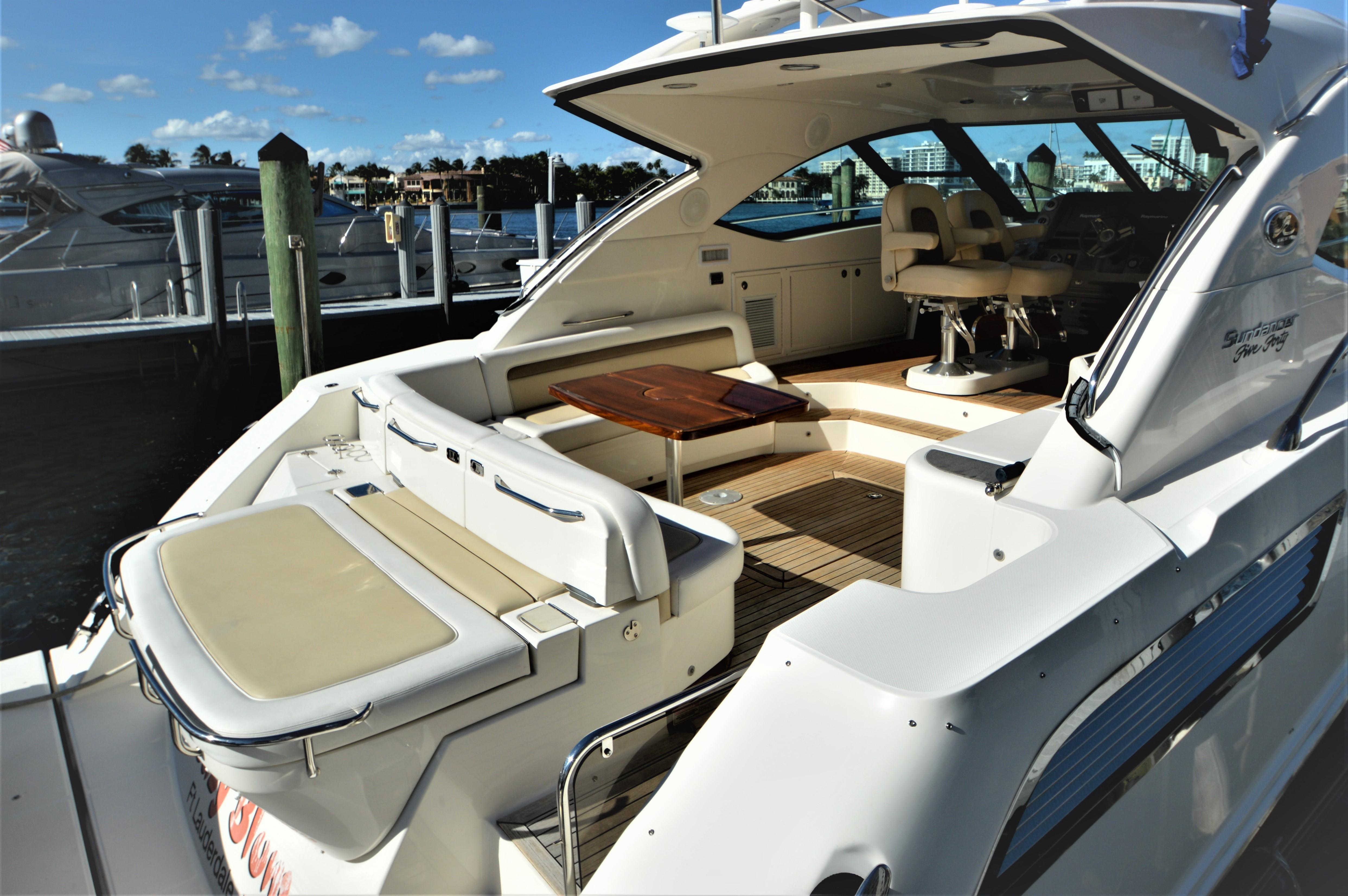 2012 Sea Ray 540 Lazy Blum - Cockpit