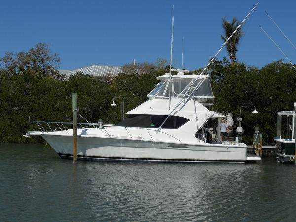 Riviera Convertible Sports Fishing Boats. Listing Number: M-3857335 40' ...
