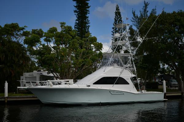2001 47' Cabo 47 Convertible
