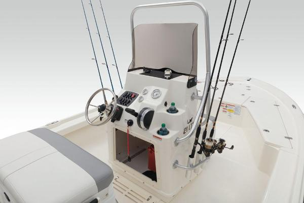 2021 Mako boat for sale, model of the boat is 21 LTS & Image # 44 of 61