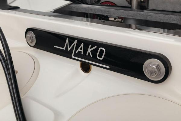 2021 Mako boat for sale, model of the boat is 21 LTS & Image # 55 of 61