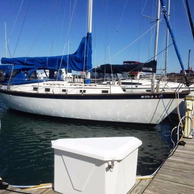 1980 Endeavour 37 Sloop