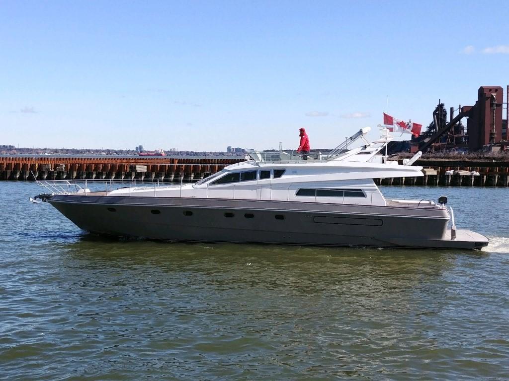 63 ft Ferretti Yachts 185