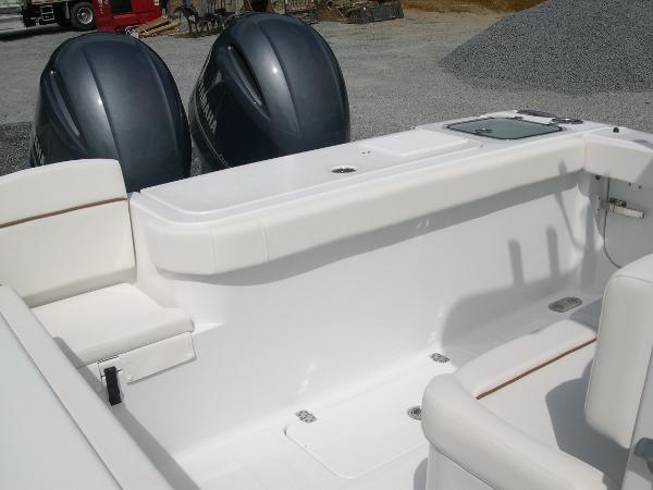 Gamefish 27 Forward Seat Photo 44